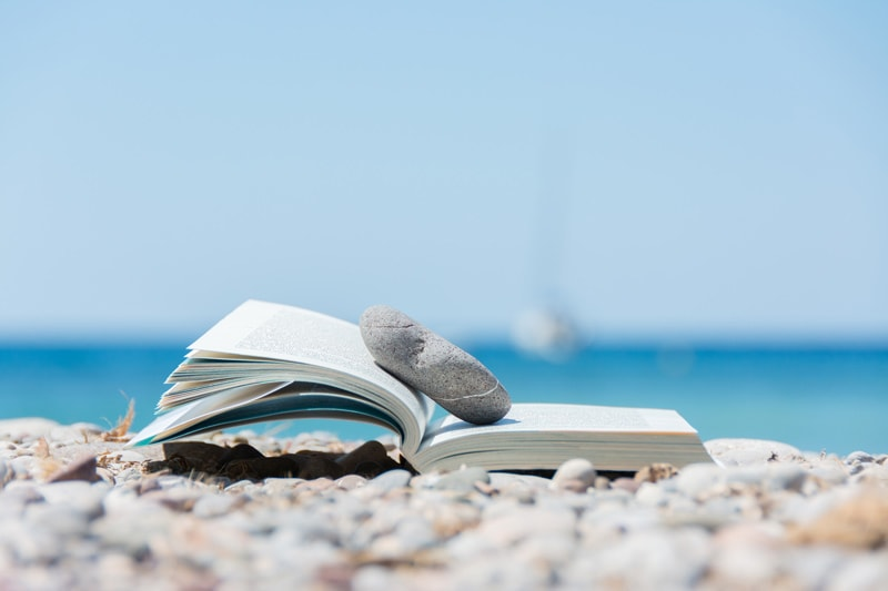 Book-on-the-Beach
